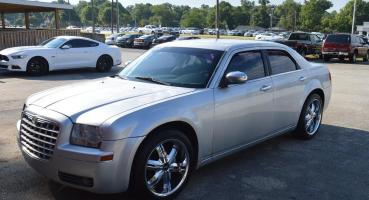 Chrysler 300 SILVER